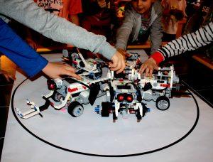 robotyka i programowanie LEGO Mindstorms 3.0